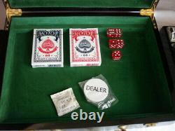 2006 Sopranos Collectors Poker Chip Set Great Condition