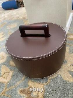 Brand new Tommy Bahama Leather Poker Set Brown Caddy TH9429