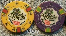 Desert Sands 250 10gram Ceramic Pokerchips, Set Of Copag Cards And Dealer Button