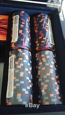 Harley-Davidson Texas Holdem Flamed Poker 200 Chip Set Sealed Chips & Cards