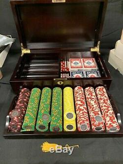 Hilton Casino Mayaguez Puerto Rico Poker Set 400 Chips & Extras