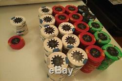 Horseshoe Cincinnati 1070 Paulson Poker Chips set with case and cards 420 + 650