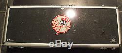 NEW YORK YANKEES MLB 500 CHIP POKER SET Metal Case, Cards & Dice
