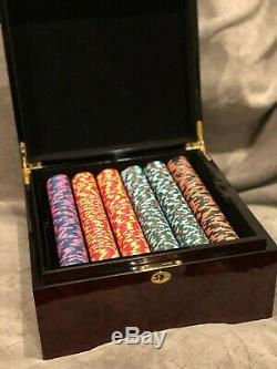 Paulson Top Hat and Cane poker chip set, 750 clay chips and accessories