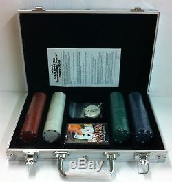 Professional Set Kit of 200 Poker Texas Hold'em Chips Fast Shipping