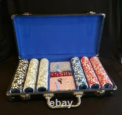 RARE Smith & Wesson Casino Grade Poker Chips Collector Set w Locking CaseEXC