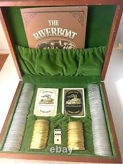 Southern Comfort Riverboat Gambler Poker Set Gold Silver Chips Cards Dice Box