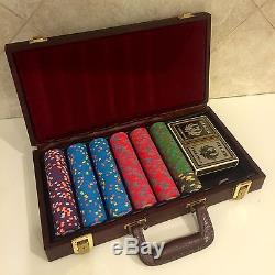 Vintage RUGER Poker Chip Set With Leather Case VERY RARE
