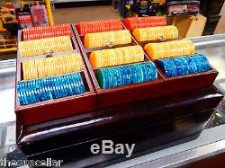 Vintage bakelite Poker Chip Set, Original Case Complete 300 gaming Chips, Rochas