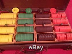 Vintage set of 399 gold stamped SG clay poker chips with case, mint
